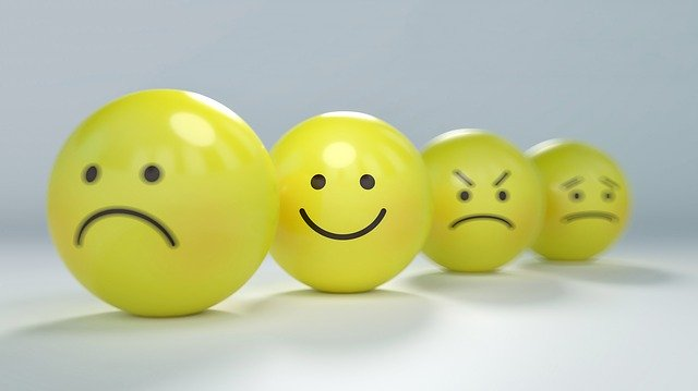 use gatilhos mentais para despertar a emoção do seu potencial cliente - como melhorar a sua copy para vender mais